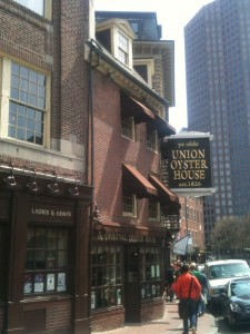 The oldest continuously operating restaurant in the United States